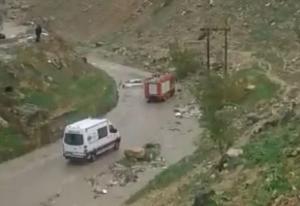 انقاذ 4 اشخاص علقت مركبتهم في اربد