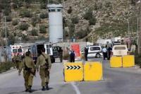 """خلال اسبوعين ..  الاحتلال أقام 68 حاجزاً """"مفاجئاً"""" في الضفة"""