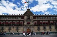 المكسيك: مصرع 4 أشخاص بإطلاق نار أمام القصر الرئاسي