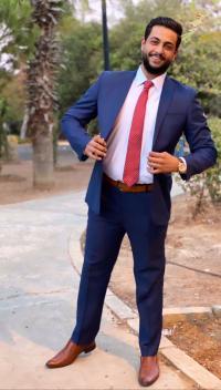 تهنئة بالتخرج للطالب حمزة جابر