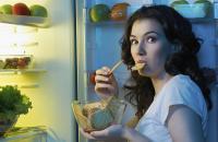 وجبات خفيفة غير مضرة قبل النوم