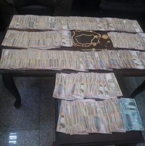 القبض على لصّين سرقاً 88 الف دينار من منزلين بعمان