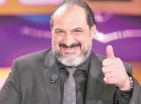 خالد الصاوي يبكي في حفل ختام مهرجان الجونة (فيديو)
