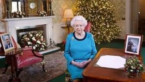 هل تحتفل ملكة بريطانيا بعيد ميلادها مرتين ؟