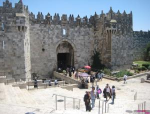 خطة صهيونية لتغيير معالم باب العمود في القدس