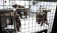 إدارة السجون تواصل إجراءاتها العقابية بحق الأسيرين