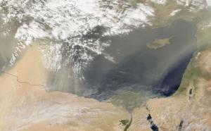 استمرار الأجواء الخماسينية السبت وتراجع حدة الغبار