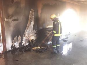 جرش  ..  3 اصابات بحريق منزل بمخيم غزة