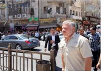 الملك يعود إلى أرض الوطن ويتفقد المسجد الحسيني