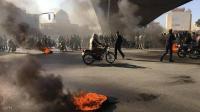 روحاني يبرر حملة القمع ويؤيد رفع أسعار الوقود