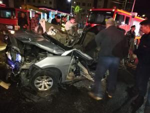 وفاتان وإصابة بحادث مروع قرب دوار المدينة الرياضية (صور)