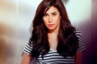 زميلة دينا الشربيني في السجن تدافع عنها ! (شاهد)