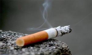 """""""عقب سيجارة"""" يشعل النار داخل مستودع بمستشفى البشير"""