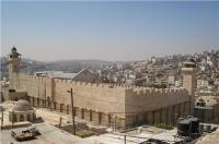 الإحتلال يمنع الترميم في المسجد الإبراهيمي