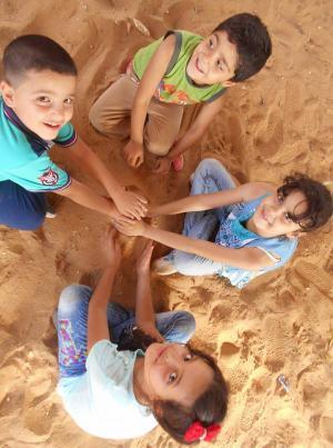 """""""جولات """"  ..  100 صورة لفلسطين"""