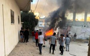 الإحتلال يستهدف سيارة أجرة بغزة واستشهاد سائقها