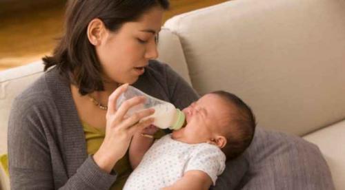 لا تضع هذه الأطعمة في الميكروويف تجنباً للتسمم وأمراض القلب