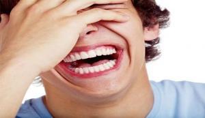 غرامة مالية على الضحك في هذه الدولة الأوربية