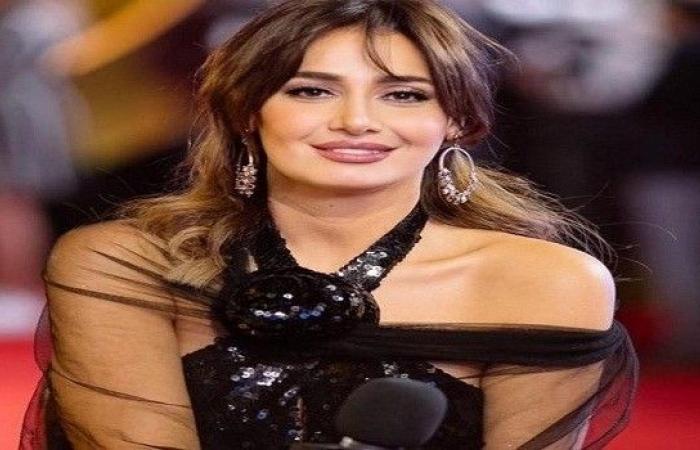 أول ظهور لحلا شيحة ومعز مسعود بعد الزواج Image