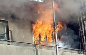 وفاة شخص بحريق منزل في جبل الجوفة