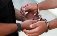 القبض على مطلوب بحقه 11 طلبا في عمان