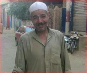 مشهد يقشعر الابدان  ..  لحظة وفاة مسن وهو ساجد (فيديو)