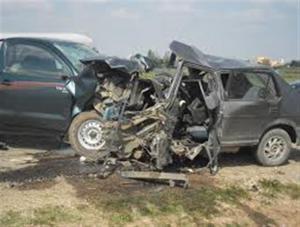 وفاتان و3 إصابات بحادث تصادم مروع في الطفيلة