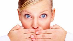 6 أسباب غير متوقعة لرائحة الفم الكريهة