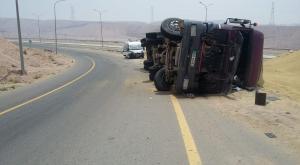 وفاة وإصابة بتدهور شاحنة في العقبة