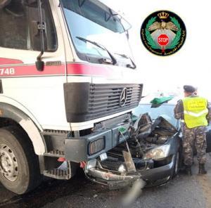 3 إصابات بتصادم 5 مركبات في الرصيفة