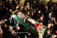 الآلاف يشيعون الشهيد إياد الحلاق (صور)