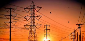 لأول مرة  ..  استثمارات الكهرباء تتجاوز النفط والغاز