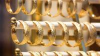 إغلاق صالات الأفراح يهدد قطاع الذهب