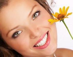 6 طرق طبيعية كفيلة بتسمين وجهك بسهولة!