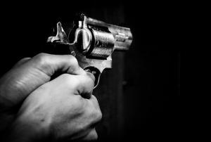 قتل شقيقه بسبب 75 دينارا