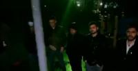 الطلبة الأردنيون في كازاخستان يعتصمون أمام السفارة الأردنية (فيديو)