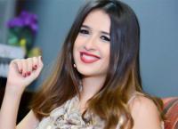 ياسمين عبدالعزيز تعزز أنباء ارتباطها (صور)