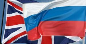 الفرق بين ردة فعل بريطانيا والعرب تجاه روسيا (فيديو)
