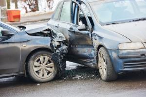 571 وفاة و16 الف جريح بحوادث السير خلال 2018
