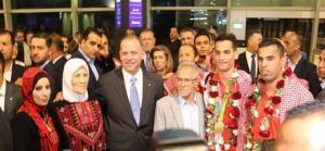 استقبال الأبطال للذهبي الاولمبي ابو غوش (صور )