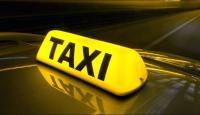 الملك يكرم سائق تاكسي ..