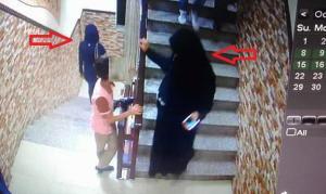 فتاتان تسرقان حقائب نسائية اثناء حفل زفاف في عمان ..  والامن يحقق (صور)