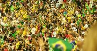 البرازيل تحقق في تصرف خادش للحياء صدر عن مشجعيها
