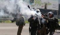 إصابات بالاختناق بقنابل غاز صوب المدارس في الخليل