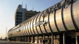 """مطار القاهرة  ..  ضبط """"أسلحة بيضاء"""" هربت من الأردن"""