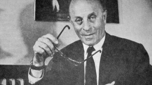 إليك قصة قلم الحبر الجاف ..  صحفي وراء اختراعه!