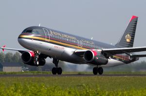 عطل يؤخر طائرة اردنية بمطار القاهرة 5 ساعات