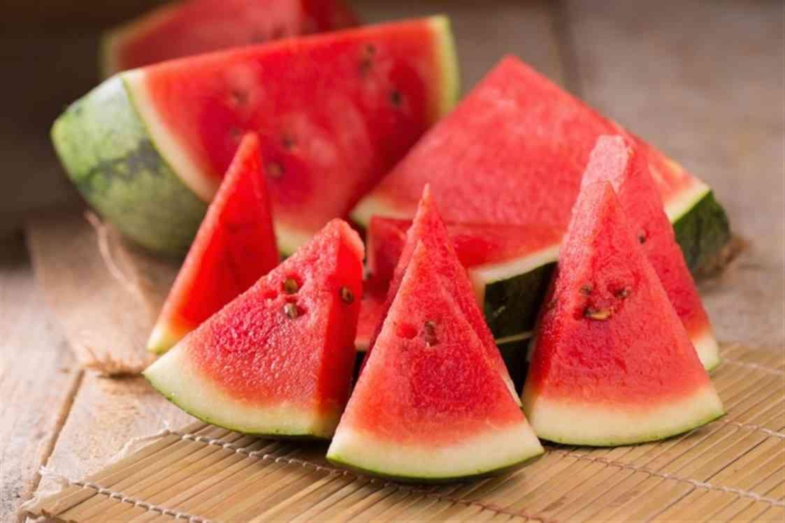 تناول البطيخ يوميا في رمضان Image