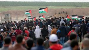 """الفلسطينيون يستعدون لـجمعة """"كسر الحصار"""""""