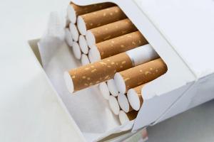 """أسعار جديدة للدخان و""""الضريبة"""" تتهرب من الإجابة (جدول)"""